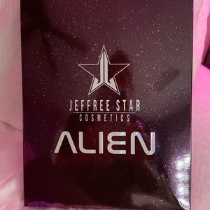 Jeffree Star Makeup - Discontinued Jeffree Star Alien Pallette!